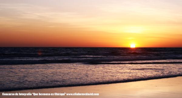 Playa Las Lajas, El Paraíso de los Atardecer.