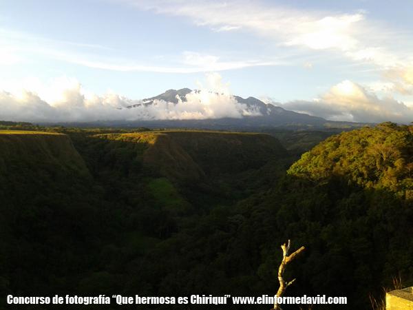 Volcan Barú visto dede Los Molinos, Boquete